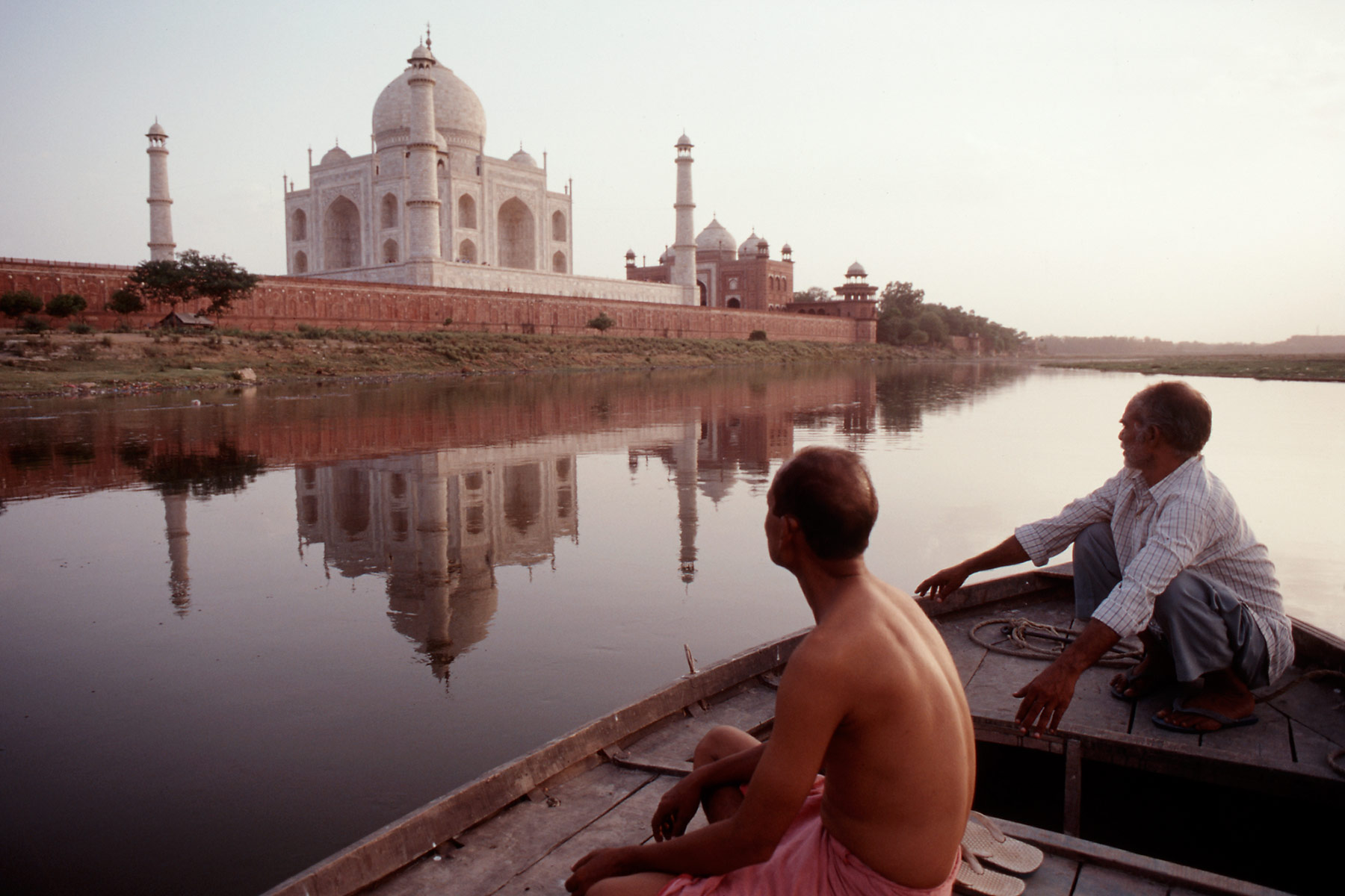 021-taj-from-boat